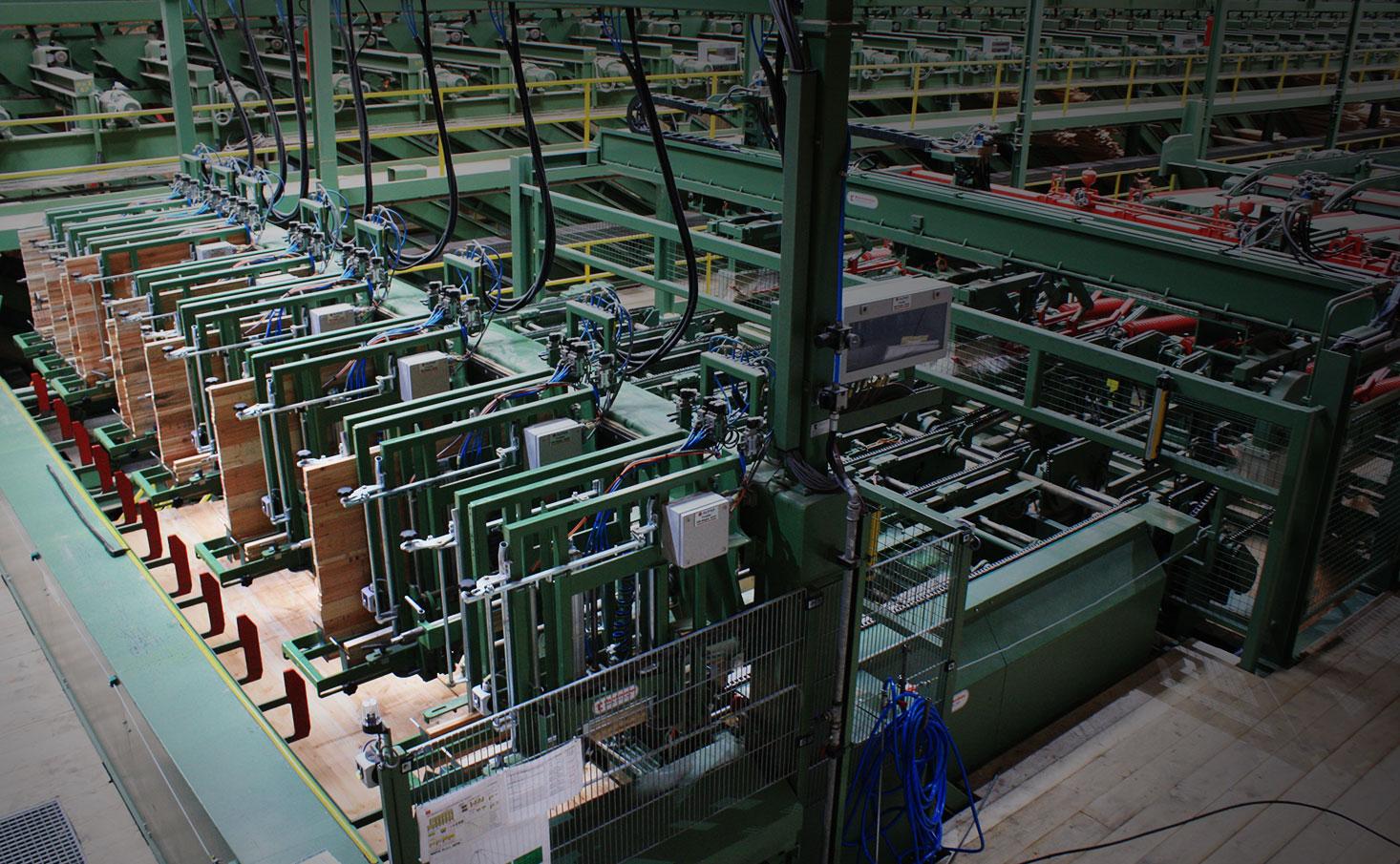Holzweiterverarbeitung mit Maschinen von TC Maschinenbau